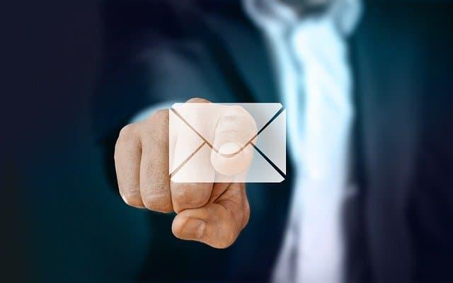 Doar pe e-mail!